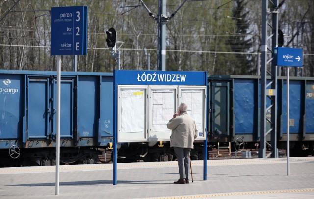 Ze względu na stan epidemii i kolejne obostrzenia Łódzka Kolej Aglomeracyjna od 26 marca do 14 kwietnia przedłuża stan zawieszenia niektórych kursów swoich pociągów.Szczegółowe informacje o zawieszonych i utrzymanych kursach na kolejnych slajdach galerii zdjęć.