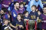 Piłkarze z największą liczbą trofeów. Awans Messiego i zaskakujący lider [LISTA, GALERIA]