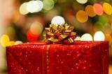 Pomysł na prezent. Prezenty na Boże Narodzenie 2018. Co kupić chłopakowi lub dziewczynie? Przedstawiamy najlepsze pomysły!