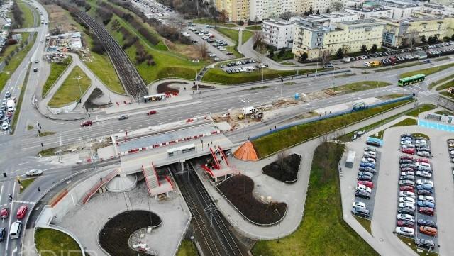 Kończy się kolejny etap prac na wiadukcie nad PST Szymanowskiego