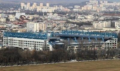 Budowa stadionu Wisły była bardzo kosztowna i ciągnęła się latami. To nie koniec problemów... FOT. ANDRZEJ BANAŚ