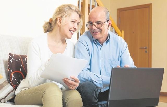 Wysokość odprawy emerytalnej lub rentowej jest równa miesięcznej pensji odchodzącego z firmy pracownika. Ale wyższą, na podstawie odrębnych przepisów, otrzymują np. nauczyciele lub górnicy