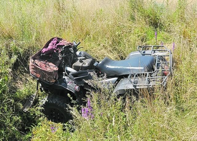 Podczas jazdy tym quadem ranne zostały trzy dziewczynki oraz kierujący pojazdem siedemnastolatek.