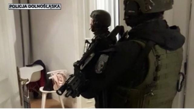 policja, antyterroryści, Wrocław, akcja.