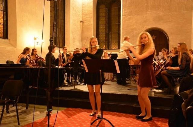 Występy w Norwegii dla białostockich młodych muzyków nie są już nowością. Koncertowali tu już w czerwcu ubiegłego roku. Ostatnio zagrali m.in. w zabytkowym kościele Korskirken w Bergen.