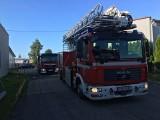 Zderzenie busa i samochodu osobowego na drodze krajowej 72 pod Brzezinami