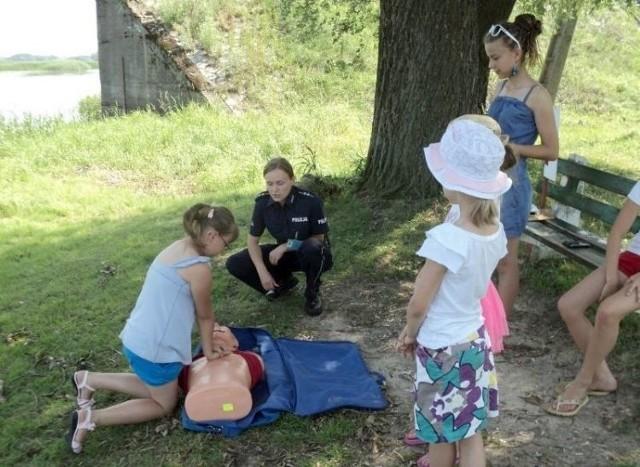 Jedną z atrakcji festynu będzie gra plenerowa dla dzieci, podczas której będą rozwiązywać zagadki kryminalne Detektywa Bezpiecznika
