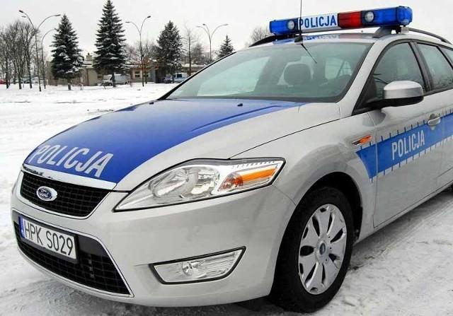 Policjanci apelują – lód nie zawsze jest bezpieczny.