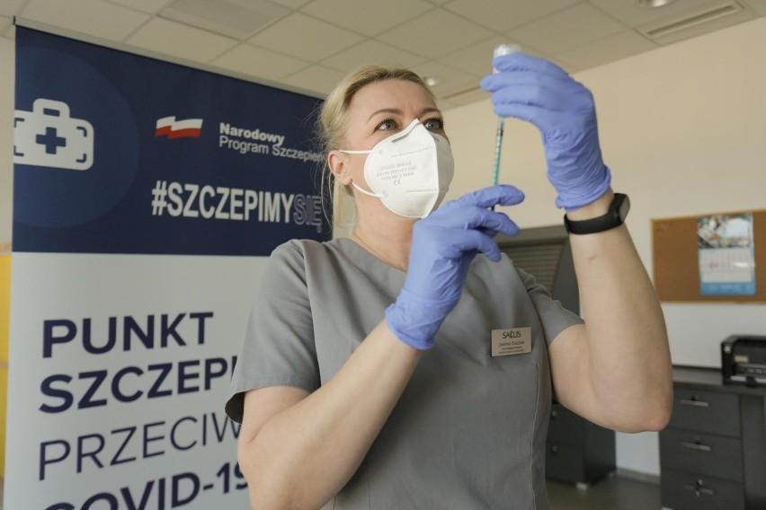 - Dane osób, które nie poddały się szczepieniu przeciwko...