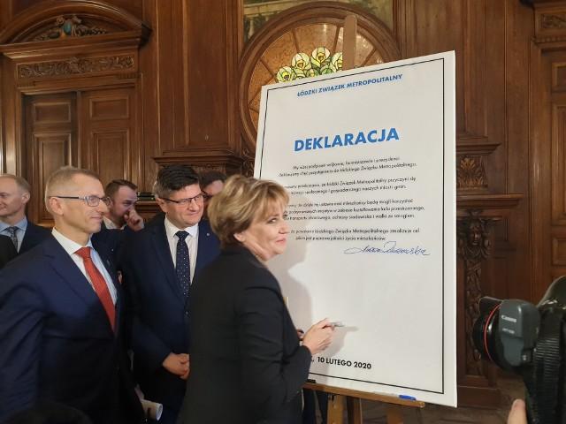 Podpis składa prezydent Łodzi Hanna Zdanowska.