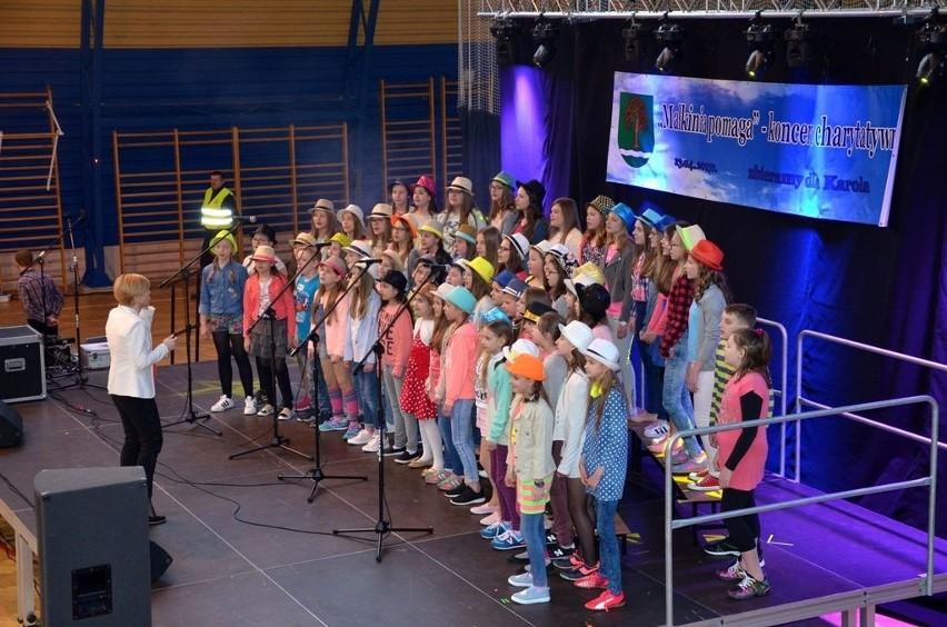 Podczas koncertu charytatywnego wystąpił gminny chór dziecięcy
