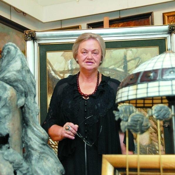 Anna Kakareko, właścicielka Desy, nie chce przenosić się na Suraską. Wierzy, że sklep zostanie w miejscu, w którym działa od 30 lat.