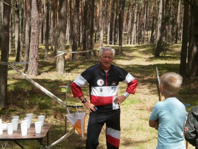 Jerzy Ostojski zdobył srebrny medal mistrzostw Polski w biegach na orientację.