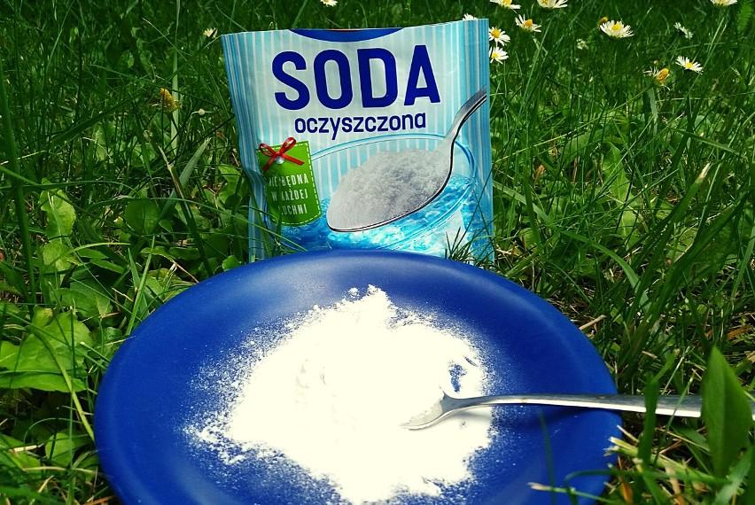 Soda oczyszczona to bardzo wszechstronny środek. Przyda się...