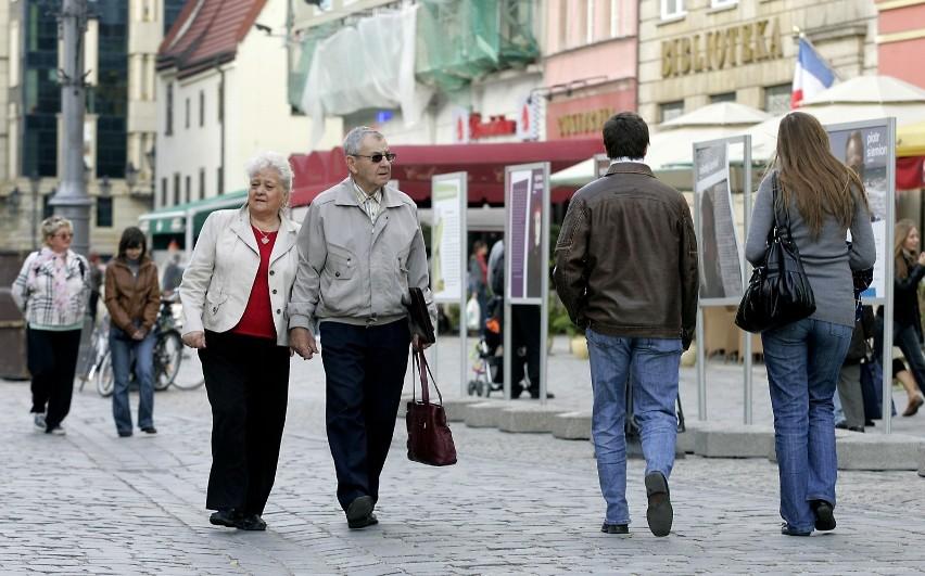 Szykuje się bardzo dużo zmian dla emerytów. Rząd Prawa i...