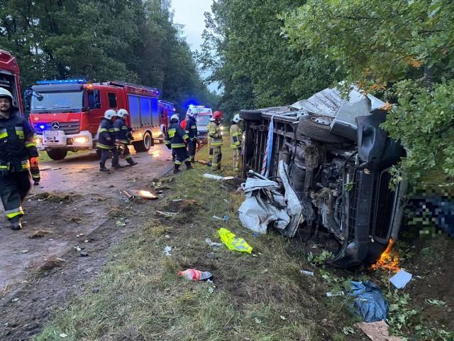Śmiertelny wypadek między Oskowem a Rokitami we wtorek, 21.09.2021 r. Nie żyje 42-letni mężczyzna