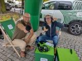 Winobranie 2021. Radio Zielona Góra nadaje z plenerowego studia przy filharmonii. Tak wygląda ich praca od kuchni