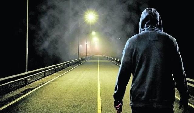 Cztery zarzuty usłyszał mężczyzna, który kilkanaście dni temu zaczepiał dzieci w różnych miejscach Poznania.