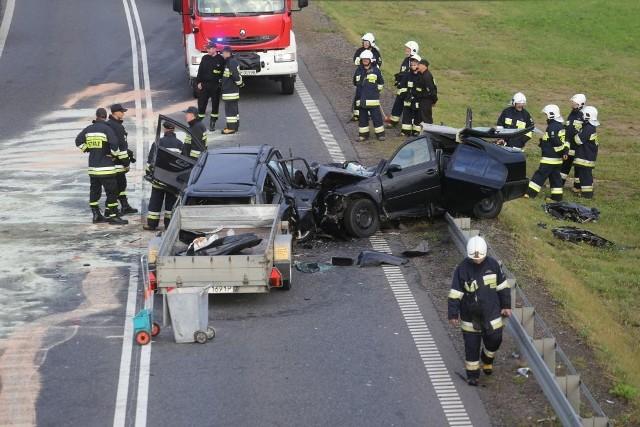 Rano doszło do czołowego zderzenia na obwodnicy Chojnic.