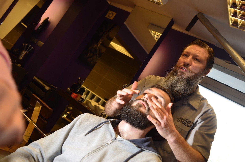Fryzjer Z Poznania Będzie Za Darmo Strzygł Bezdomnych Głos