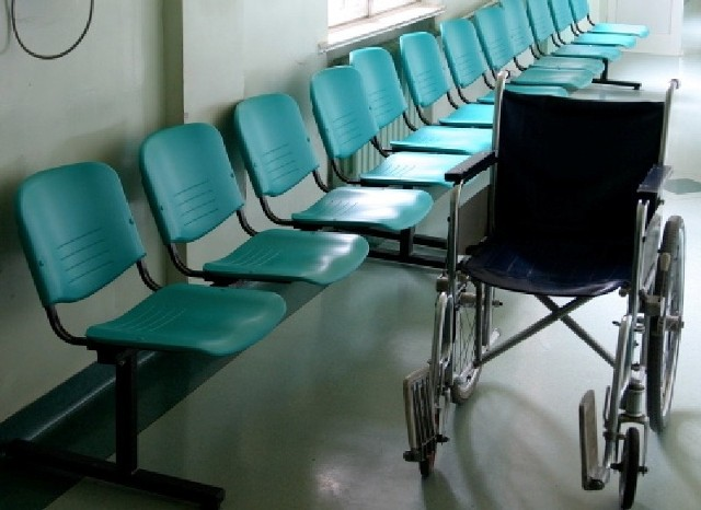 Ze względu na zagrożenie epidemiczne koronawirusem, szpital w Słubicach poinformował we wtorek (17 marca), że ogranicza wejście na teren lecznicy.
