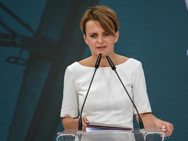 Wicepremier Jadwiga Emilewicz: Za tydzień możliwe kolejne informacje o złagodzeniu obostrzeń