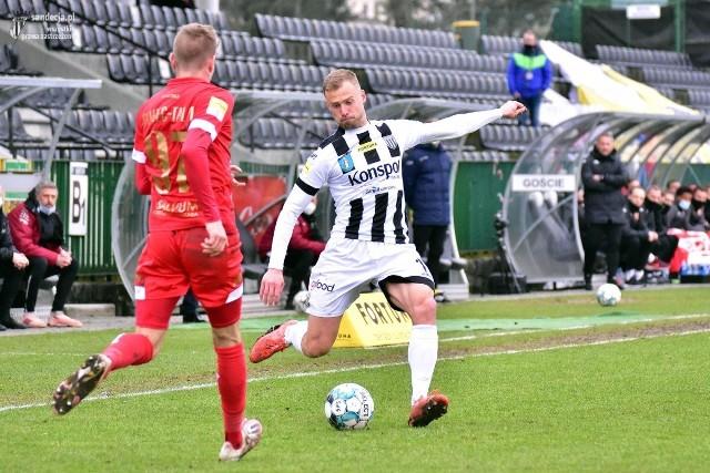 Adrian Basta w bieżącym sezonie Fortuna 1 Ligi rozegrał dziesięć spotkań