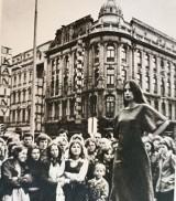 Jak wyglądała Łódź w latach 80.? Łódź na starych zdjęciach! Zdjęcia łódzkich ulic, domów i ludzi z lat 80.! Zdjęcia dawnej Łodzi 09.05.2021