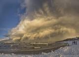 """Burza piaskowa w Ustce? Nie, to """"efekt morza"""" na genialnych zdjęciach czytelnika. Co za majestat natury (zdjęcia)"""