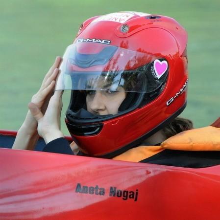 W zawodach startowała też młodzież, w tym płeć piękna, czego dobrym przykładem jest Aneta Nogaj, szukująca się właśnie do startu