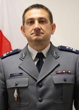 Komendant Powiatowy Policji w Brodnicy mł. insp. Tomasz Skoneczka zatrzymał złodzieja w Iławie