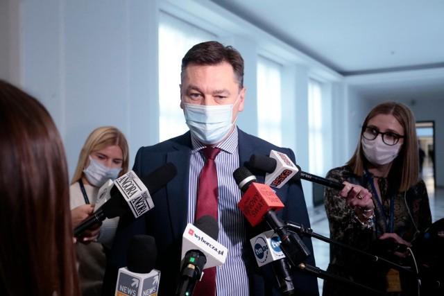 Senator PiS rezygnuje z funkcji w partii. Protestuje przeciwko nepotyzmowi