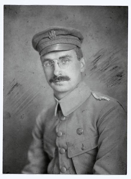 Generał Kazimierz Sosnkowski  próbował popełnić samobójstwo. Ale to nie przeszkodziło w jego karierze