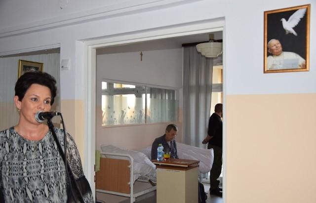 Główną inicjatorką powstania hospicjum stacjonarnego w szpitalu była dyrektor Joanna Ochał.