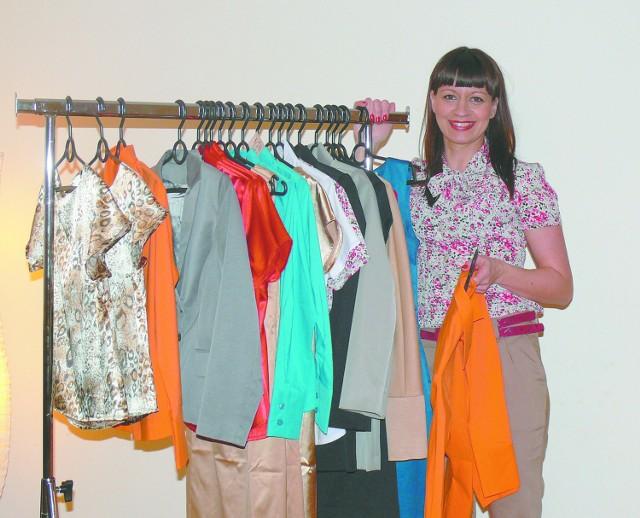 Swoje klientki proszę o sugestie. Chcę wychodzić naprzeciw ich potrzebom – mówi Katarzyna Fiedorowicz, właścicielka firmy Ka-Fi. Ubieramy wyjątkowe kobiety, produkującej odzież dla niskich kobiet.