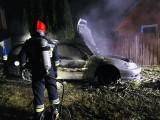 Pożar samochodu w Dobrzyniewie Dużym (zdjęcia)