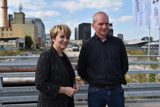 Projekt budowy nowego ratusza w NCŁ ogłosili prezydent Łodzi Hanna Zdanowska i wiceprezydent Wojciech Rosicki.