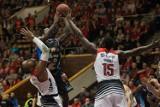 Koszykarskie derby Pomorza: Energa Czarni Słupsk zastopowali Polpharmę