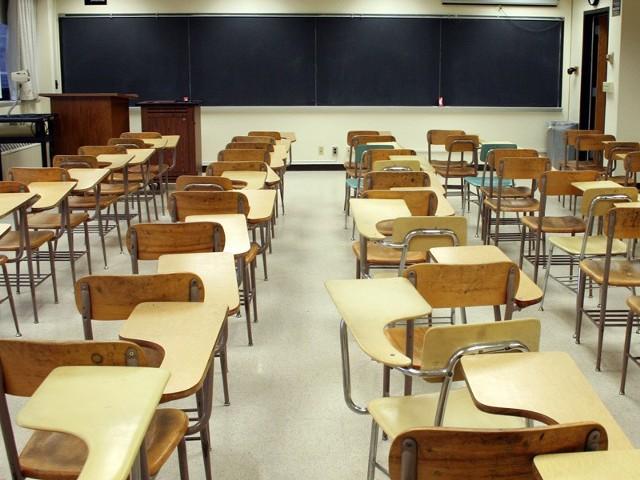 Pod koniec marca radni ostatecznie przypieczętowali losy złocienieckich szkół. Znaczną przewagą głosów zostały przegłosowane wszystkie uchwały poświęcone reorganizacji szkół.