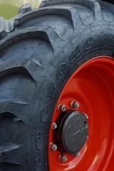 Tragiczny wypadek w Księżomierzy Dzierzkowskiej: 17-latek przejechał traktorem młodszego brata