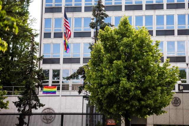 Prawo i Sprawiedliwość ma blokować przyjazd ambasadora USA do Polski. Wiceszef Ministerstwa Spraw Zagranicznych zaprzecza