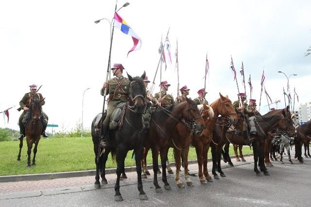 Uroczysta defilada kawalerii