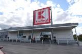 Sklepy otwarte w niedzielę. Wszystkie sklepy Kaufland będą czynne także w niedziele niehandlowe. Działają jako placówki pocztowe