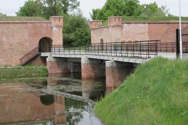 Po zakończeniu konferencji konserwatorzy zabytków z Polski i Niemiec zwiedzali kostrzyńską twierdzę i Stare Miasto.