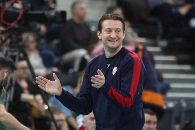 Trener Błażej Krzyształowicz nadal będzie szkoleniowcem odmienionej, młodej drużyny Grot Budowlanych Łódź