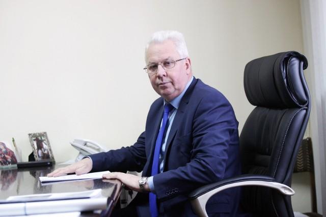 Mirosław Haniszewski, wójt gminy Warta Bolesławiecka, wciąż cieszy się niesłabnącym poparciem swoich mieszkańców. Gminą rządzi już 27 lat, a rywali na horyzoncie brak