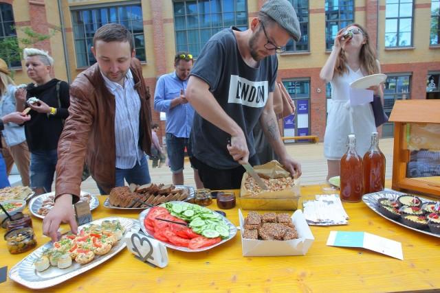 Piknik ChceJeżyce: Zjedli śniadanie przed Bałtykiem