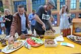 Piknik ChceJeżyce: Zjedli śniadanie przed Bałtykiem. Przygotowały je jeżyckie knajpki [ZDJĘCIA]