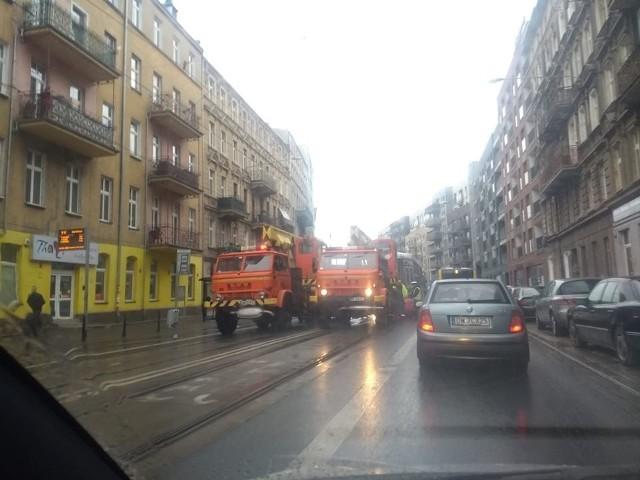 Awaria/wykolejenie tramwaju ul. Jedności Narodowej