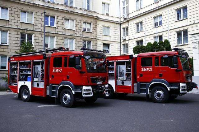 Zwycięzca przetargu na wozy strażackie jeszcze nie sfinalizował umowy. Straż nie widzi problemu